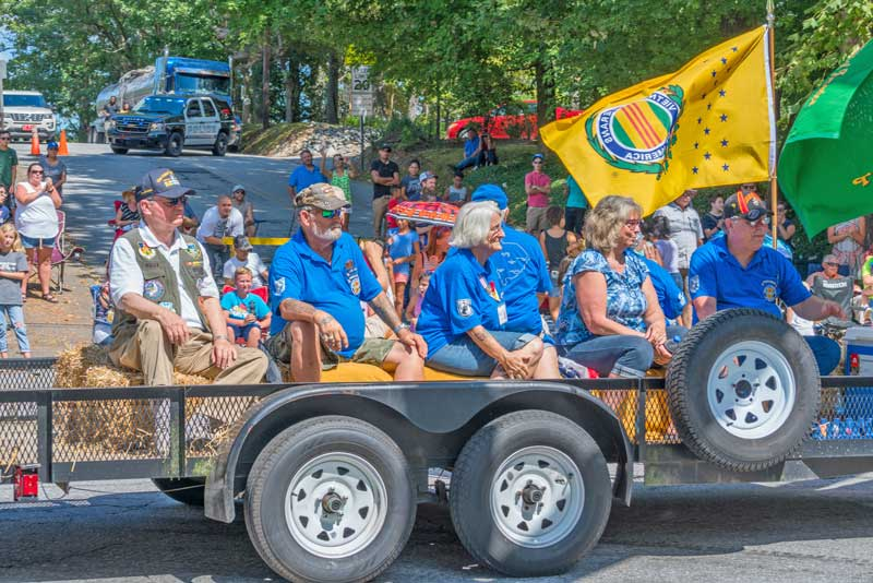 Veterans from Vietnam Veterans of America received a huge welcome Welcome and applause at Hendersonville, N.C. Apple Festival. The Veterans mentioned how humbling this was and rewarding to them.